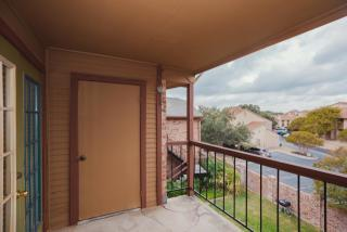 2650 Thousand Oaks Dr, San Antonio, TX