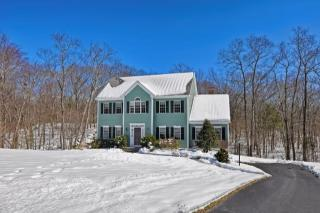 22 Quarry Road, Whitinsville MA