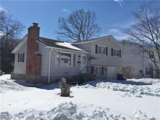 54 Bagley Terrace, Waterbury CT