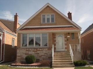 5535 South McVicker Avenue, Chicago IL