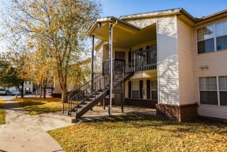 770 S 40th St, Springdale, AR