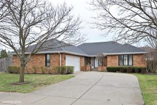 775 Castlewood Lane, Deerfield IL