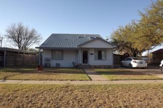 1030 West Crosby Street, Slaton TX