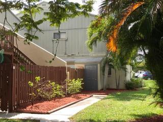 17 Crossings Circle #B, Boynton Beach FL