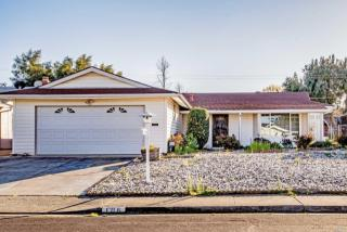 106 Olympic Circle, Vacaville CA
