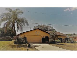 702 Southeast 21st Place, Cape Coral FL