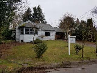 10433 Northeast Morris Street, Portland OR