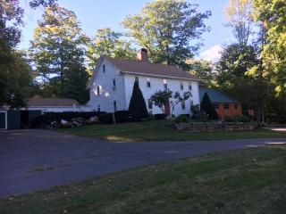 344 Lane Road, Chester NH
