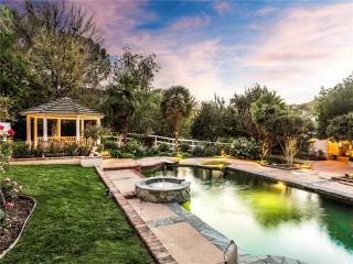 8 Cinch Road, Bell Canyon CA