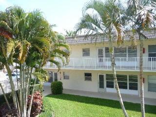 640 Snug Harbor Drive #F12, Boynton Beach FL