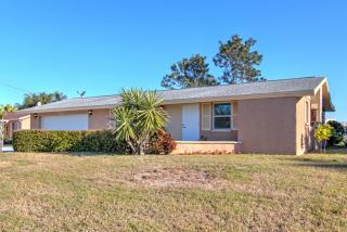 485 Flamingo Drive, Apollo Beach FL