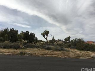 9220 Hermosa Avenue, Yucca Valley CA