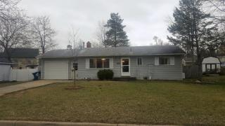 214 Willow Ln, Linden, MI