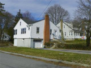 41 Niles Hill Road, New London CT