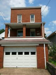132 Overland Ave, Duquesne, PA