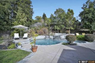 1103 Country Club Drive, Moraga CA