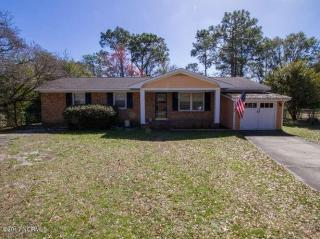 54 Northwood Dr, Wilmington, NC