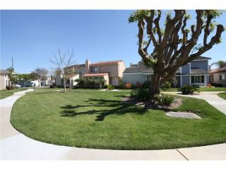 43 Wheelhouse Ct, Long Beach, CA