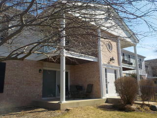 975 Golf Course Road #6, Crystal Lake IL