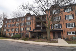 1107 South Old Wilke Road #410, Arlington Heights IL