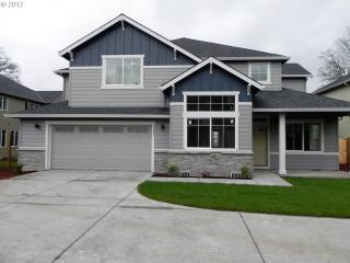 1089 Southeast 60th Court, Hillsboro OR