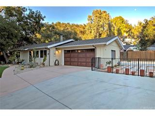 22969 Humming Bird Way, Calabasas, CA