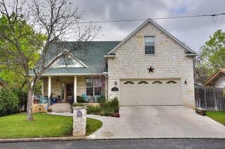 506 West Hackberry Street, Fredericksburg TX