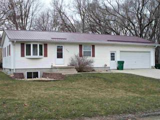 808 8th Street Northeast, Independence IA