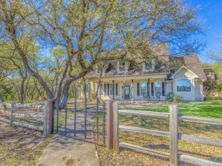 1043 County Road 201, Liberty Hill TX