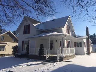 314 South Elkhart Street, Wakarusa IN