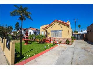 2575 Sale Place, Huntington Park CA