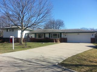 3009 Peachgate Lane, Glenview IL