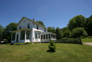 11 Bentley Ave, Great Barrington, MA