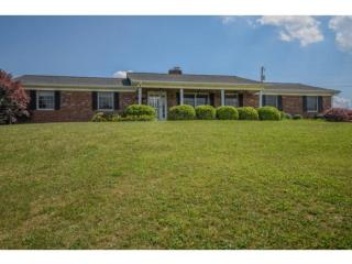 227 Evergreen Dr, Weber City, VA