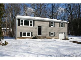 6 Pequot Drive, Gales Ferry CT