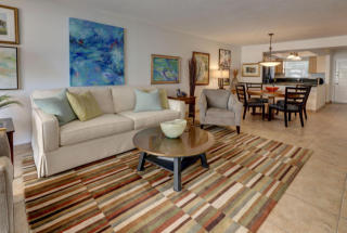 308 Golfview Road #203, North Palm Beach FL