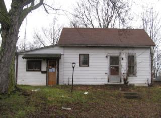 104 Lovette Street, Wolcottville IN