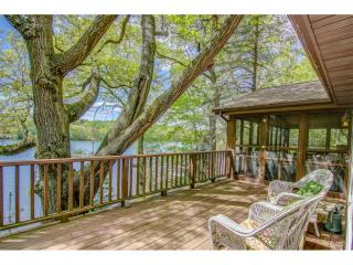 455 Lake View Lane, Osceola WI