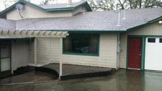 4381 Old River Road, Ukiah CA