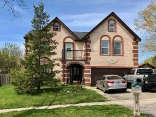 10 Rosewood Drive, Roselle IL