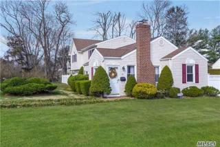 43 Fort Hill Road, Huntington NY