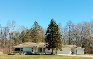 5032 North Tower Beach Road, Pinconning MI