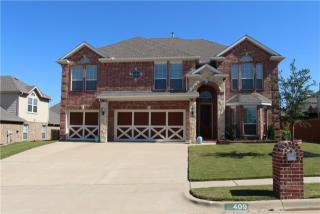 409 Lone Oak Court, Kennedale TX