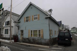 52 Floyd Street, Lowell MA