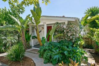 3701 Wisconsin Street, Oakland CA