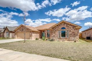 204 Berkshire Ave, Wolfforth, TX