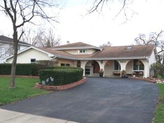 4521 Shabbona Lane, Lisle IL