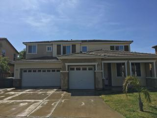 953 Pinewood Avenue, Sanger CA