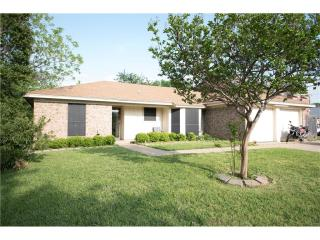 108 North Heights Drive, Crowley TX
