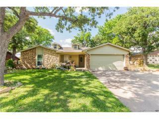 3328 Meadow Wood Lane, Bedford TX